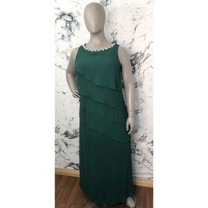 SLNY Floor Length Layered Gown Women Plus Size 18